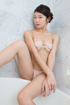 Tsukasa Kanzaki #kanzaki #gravure