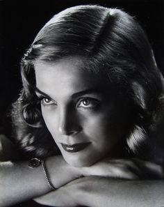 Lizabeth Scott fue una actriz estadounidense y una de las mujeres fatales más emblemáticas del cine negro de los años 40 y 50