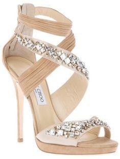 8fa1b409d1eab Chaussures de mariée beige Jimmy Choo  3 Chaussure Fashion, Chaussures  Dames, Chaussures De