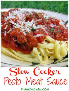 Pesto Meat Sauce {Slow Cooker} - Italian sausage, pesto, tomatoes, tomato paste, Italian seasonings and parmesan cheese - really great flavor from cooking slow and low all day - double the recipe and freeze leftovers!