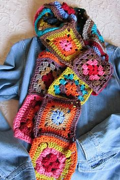 29 Ideas crochet granny square scarf ideas for 2019 Granny Square Scarf, Granny Square Crochet Pattern, Crochet Motif, Crochet Shawl, Knit Crochet, Crochet Patterns, Ravelry Crochet, Irish Crochet, Granny Squares