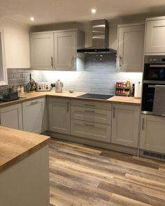 Open Plan Kitchen Living Room, Kitchen Dining Living, Kitchen Room Design, Kitchen Family Rooms, Home Decor Kitchen, Interior Design Kitchen, New Kitchen, Home Kitchens, Stylish Kitchen