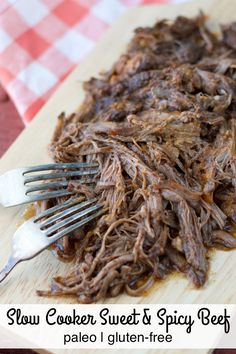 Slow Cooker Paleo Sweet & Spicy Beef combines maple syrup and spicy chipotle powder for a delicious shredded meat! Paleo Crockpot Recipes, No Carb Recipes, Best Gluten Free Recipes, Primal Recipes, Slow Cooker Recipes, Real Food Recipes, Healthy Recipes, Crockpot Meals, Paleo Meals