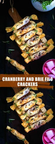 Cranberry and Brie Filo Crackers Finger Food Appetizers, Yummy Appetizers, Appetizers For Party, Appetizer Recipes, Tapas Party, Burger Recipes, Finger Food Recipes, Party Canapes, Savoury Finger Food