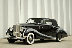 1947 ROLLS-ROYCE SILVER WRAITH DROPHEAD COUPE Maintenance/restoration of old/vintage vehicles: the material for new cogs/casters/gears/pads could be cast polyamide which I (Cast polyamide) can produce. My contact: tatjana.alic@windowslive.com