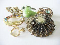 Vintage Brooch Lot Destash Catamore 12K GF Brass Rhinestones Dress Clip 1940's to 1960's