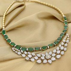Manubhai Jeweller's Diamond Emerald Necklace