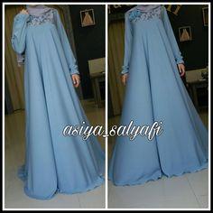 No photo description available. Abaya Fashion, Modest Fashion, Fashion Dresses, Hijab Gown, Hijab Outfit, Muslim Gown, Moslem Fashion, Hijab Trends, Hijab Style