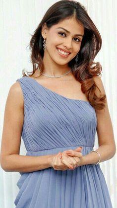 Beautiful Girl like Fashition Top Celebrities, Bollywood Celebrities, Celebs, Beauty Full Girl, Beauty Women, Girl Number For Friendship, Profile Picture For Girls, Beautiful Bollywood Actress, Indian Girls