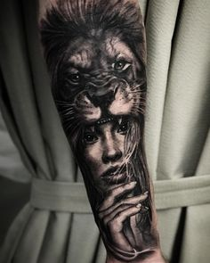 Learn more about the tattoo styles, address and tattoo artists that are part of Shelter Tattoo - sheltertattoo (Tattoo studio in Rio de Janeiro) Lion Head Tattoos, Dope Tattoos, Tiger Tattoo, Arm Tattoos For Guys, Trendy Tattoos, Future Tattoos, Unique Tattoos, Wolf Tattoo Design, Forearm Tattoo Design