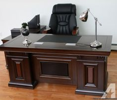Executive Office Desk Designs From Wood - Modern Office Table, Office Table Design, Home Office Design, Home Office Furniture Desk, Office Chairs, Corporate Interior Design, Executive Office Desk, Decorative Room Dividers, Luxury Chairs