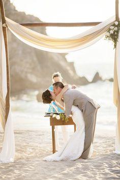 #beachweddings #beach #beachbride