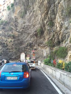 the way to Sorrento : too narrow !