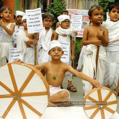 Kids dressed as Mahatma Gandhi participating in a fancy dress competition on the eve of Gandhi Jayanti at Tender Hearts International school premises in Patna. http://photogallery.indiatimes.com/news/events/india-celebrates-gandhi-jayanti/articleshow/23408138.cms