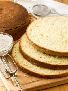 EMPOLVADOS TRADICIONALES | Nestlé Contigo Crepe Cake, Empanadas, Diy Food, Crepes, Cupcakes, Bread, Cooking, Pancake, Easy Food Recipes