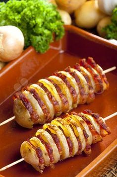 Potato and bacon shish kabobs . - Potato and bacon shish kabobs I Love Food, Good Food, Yummy Food, Great Recipes, Favorite Recipes, Shish Kabobs, Skewers, Potato Dishes, Potato Recipes