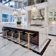 Luxury Kitchen Design, Kitchen Room Design, Dream Home Design, Luxury Kitchens, Home Decor Kitchen, Interior Design Kitchen, Home Kitchens, House Design, Gold Kitchen