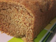 Pão integral caseiro cortado