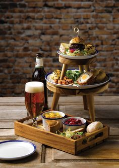 The Norton Group: Catering Suppliers Providing Competitively Priced Catering Equipment And Catering Supplies To The Hospitality Industry. Bistro Food, Pub Food, Cafe Food, Food Platters, Food Presentation, Food Design, High Tea, Food Plating, Afternoon Tea