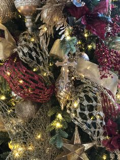 Christmas tree closeup Christmas Tree Decorations, Christmas Wreaths, Holiday Decor, Christmas Tree Inspiration