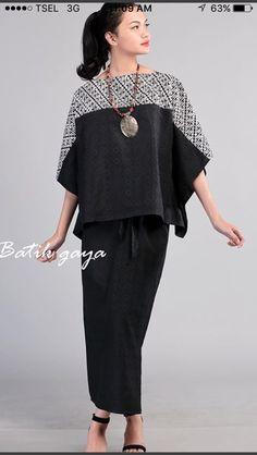 Batik Fashion, Ethnic Fashion, Hijab Fashion, African Fashion, Fashion Dresses, Womens Fashion, Blouse Batik, Batik Dress, Sewing Clothes