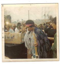 Jimi Hendrix, Woodstock, backstage.