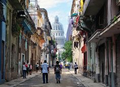 The Obamas visit to Cuba: 10 things they should do.