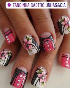 Glam Nails, Hot Nails, Bling Nails, Nail Tutorials, Nail Arts, Cosmetology, Summer Nails, Pretty Nails, Nail Art Designs