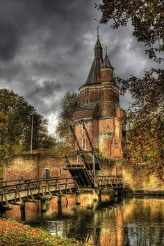 Castle Duurstede - Utrecht, Netherlands - near the lost city of Dorestad - built around 1270 - midieval architecture - completely rebuilt 1459-1496 when it was given renaissance features - its Burgundain tower was added in the 1400s