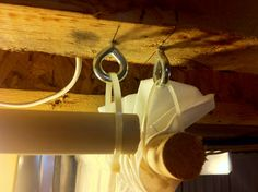 HouSeOnaShoestring: Unfinished Basement :Decorating