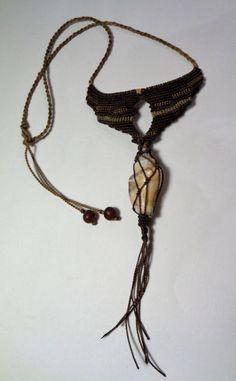 Macramé+con+una+concha+de+Atelier+magia+de+la+naturaleza+por+DaWanda.com