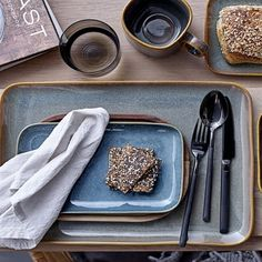 Www.interde.cz Scandinavian Interior Design, Scandinavian Home, Danish Hygge, Hygge Book, Earthy Color Palette, British Home, Unique Candles, Slow Living, Open Plan Kitchen