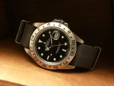 See the web press the grey link for more details gold rolex watch Stylish Watches, Luxury Watches, Rolex Watches, Used Watches, Watches For Men, Steve Mcqueen Rolex, Rolex Explorer Ii, Rolex Cellini, Buy Rolex
