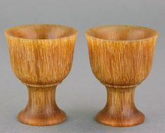 Antigua pareja de copas Chinas talladas 犀角
