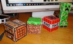 The Ultimate Guide to Minecraft Papercrafts! - make your own little minecraft cubes - print and fold. Games apps, and tools that kids love like Minecraft to help with Autism. Minecraft Party, Minecraft Room, Minecraft Crafts, Minecraft Printable, Minecraft Stuff, Minecraft Templates, Minecraft Decorations, Paper Decorations, Idee Diy