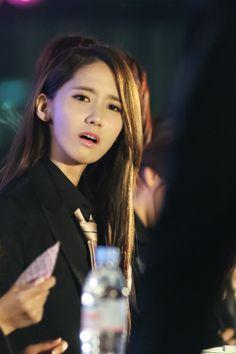 #Yoona #윤아 #ユナ#SNSD #少女時代 #소녀시대 #GirlsGeneration 140316 FANSIGN