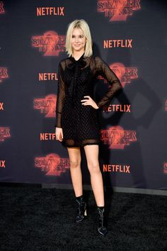 "Isabel May Photos - Isabel May attends the premiere of Netflix's ""Stranger Things"" Season 2 at Regency Bruin Theatre on October 2017 in Los Angeles, California. - Premiere Of Netflix's 'Stranger Things' Season 2 - Arrivals Netflix Music, Netflix Videos, Celebrity Outfits, Celebrity Style, Top Celebrities, Celebs, Stranger Things Premiere, Tv Show Outfits, Cute Casual Outfits"