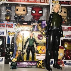 Got this 6in basic figure Black Widow figure early! Hopefully I can track down the Funko Talking hero figure and the mystery mini this weekend  #Avengersinfinitywar #captainamerica #ironman #blackwidow  #blackpanther #warmachine  #vision  #spiderman #agent13 #falcon  #hawkeye  #antman  #buckybarnes #scarletwitch #hulk #thor #captainmarvel #avengers #captainamericacivilwar #guardiansofthegalaxy #mcu #marvel #marveltoys #marvellegends #natasharomanoff #scarlettjohansson #acba