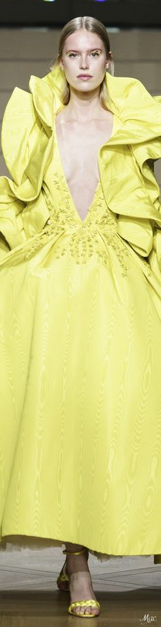 Ashi Studio Couture Haute Couture - make up room studio Pretty Dresses, Beautiful Dresses, Runway Fashion, High Fashion, Ashi Studio, Haute Couture Fashion, Mellow Yellow, Spring, Evening Gowns