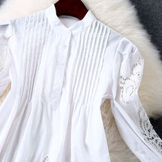 Vestido de algodão com bordado aberto Mangas compridas Cintura solta Decote redondo Cor: branco Tecido algodão Sem forro Tamanho M