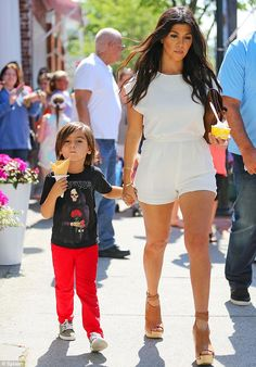 Pregnant Kourtney Kardashian treats herself and son Mason to ice cream #dailymail
