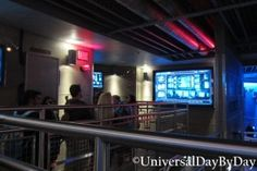 Universal Studios Florida - Transformers The Ride 3D - inside the queue
