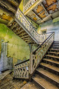 alte treppen holztreppen holzgeländer