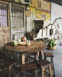 Inspirations of Coffee Place Design That is Suitable in your Home Restaurant Concept, Cafe Restaurant, Restaurant Design, Coffee Restaurants, Coffee Shop Design, Indochine, Traditional House, Home Goods, Sweet Home