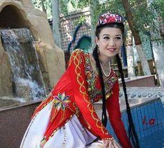 Турецкая девушка уйгурский (Uygur Türk kızı) уйгурский, Турецкая наши братья (Uygurlar, Türk kardeşlerimizdir) Мы любим уйгурский тюрок (Biz Uygur Türklerini seviyoruz)