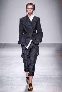 http://www.style.com/slideshows/fashion-shows/spring-2015-ready-to-wear/aganovich/collection/5
