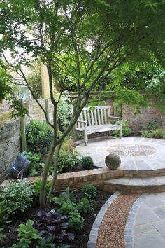 Garden in North London www.readerlandscapes.com