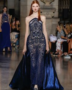 Georges Hobeika - Paris Haute Couture Fall Winter 2017 / 2017