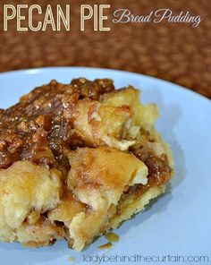 This pecan pie bread pudding is ridiculous. Maybe I should say DELICIOUS! A TREAT to eat! I could go on and on about how much I LOVE this pecan pie bread pudding. With TWO layers of pecan pie filling you can't go wrong. Pecan Pies, Pecan Pie Bread Pudding, Bread Puddings, Just Desserts, Dessert Recipes, Easy Bread, Dessert Bread, Pudding Recipes, How Sweet Eats