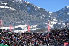 Begeisterte Zuschauer beim #Hahnenkammrennen #Kitzbühel #Streif #Hahnenkamm